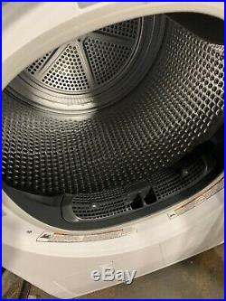 Whirlpool WHD3090GW 24 White Compact Ventless Heat Pump Dryer NOB 220v